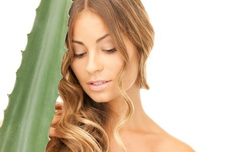5 benefits of aloe vera gel to care for your skin..